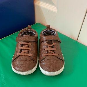 Shoes 18-24 m